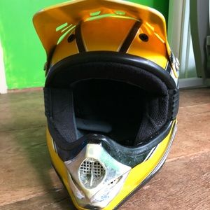 Pursuit Helmet